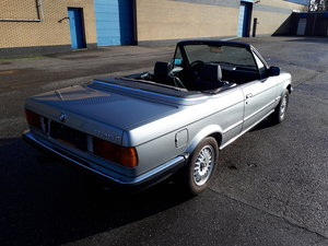 Picture of BMW 325i convertible E30 1987 silver grey incl. docs For Sale