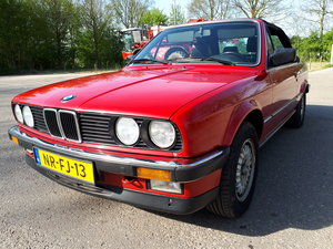 Picture of BMW 325 i cabrio E30 (1986) red with black leather interior  For Sale
