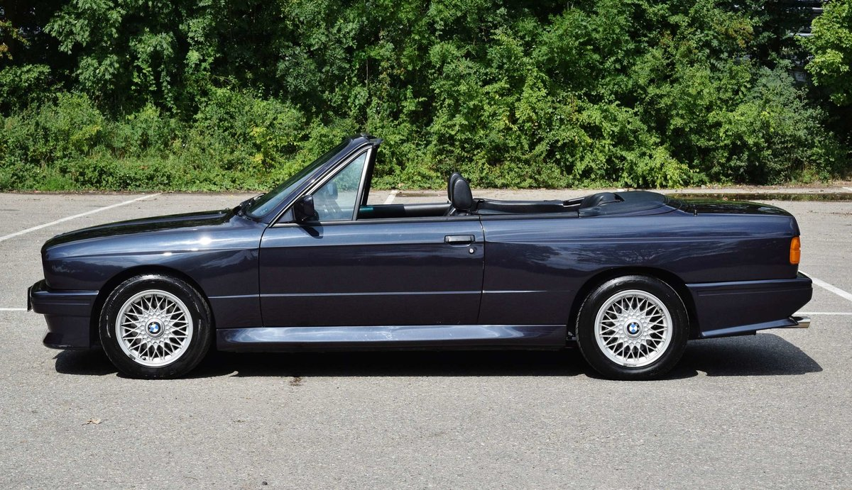 1991 BMW M3 cabrio E30 macaoblauw 144000 km black leather + airco For Sale (picture 2 of 6)