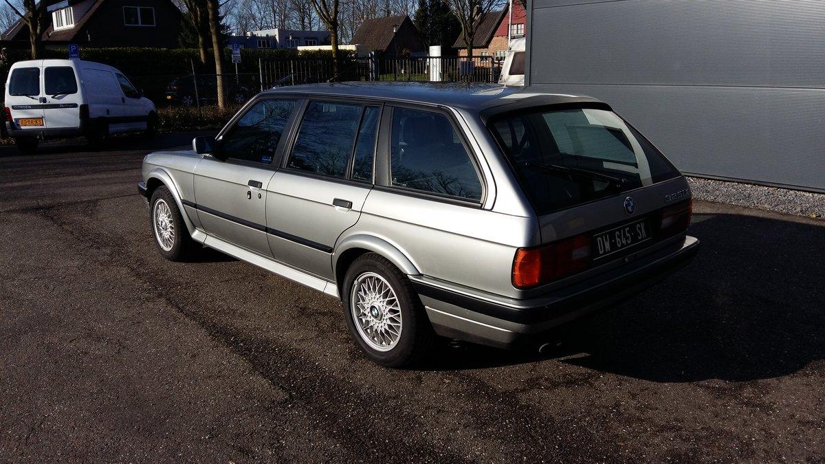 BMW 325 ix touring E30 (1988) silver 78000km  For Sale (picture 2 of 6)
