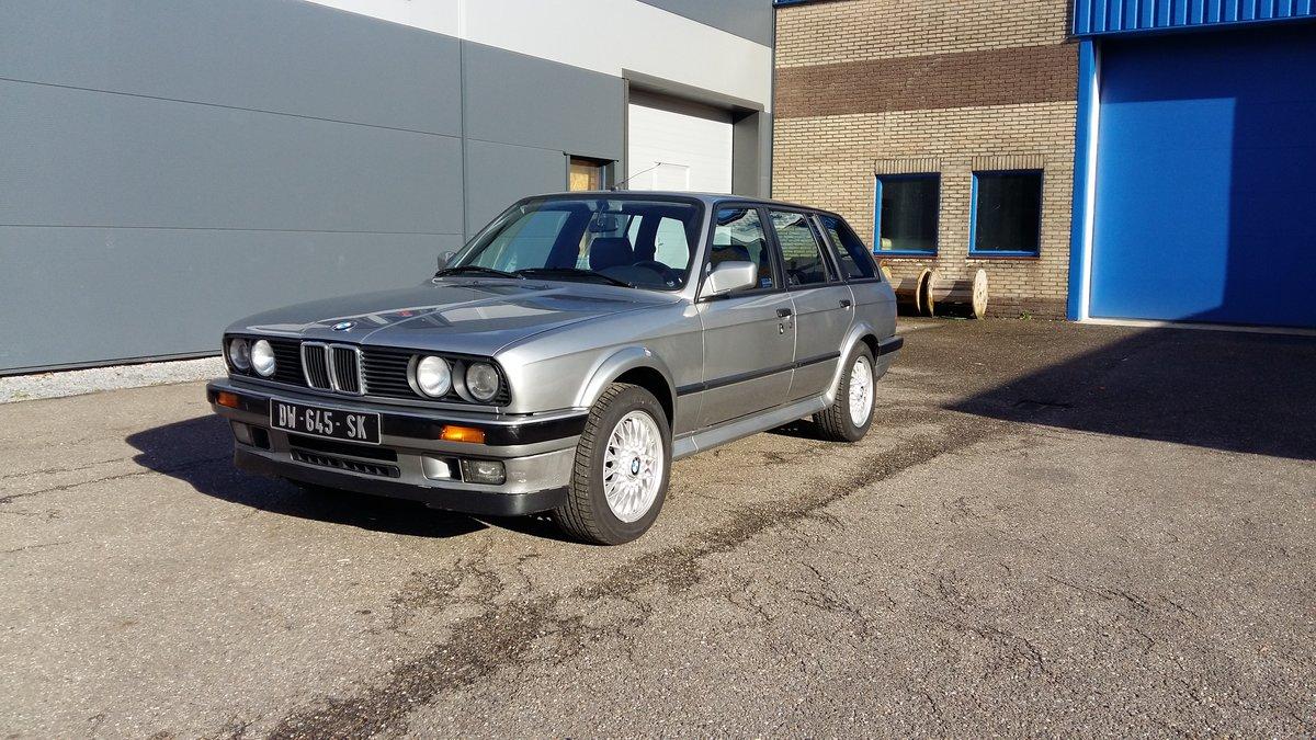 BMW 325 ix touring E30 (1988) silver 78000km  For Sale (picture 4 of 6)