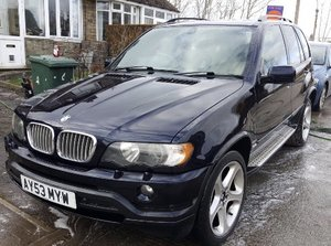 BMW X5 4.6is Carbon Black Edition