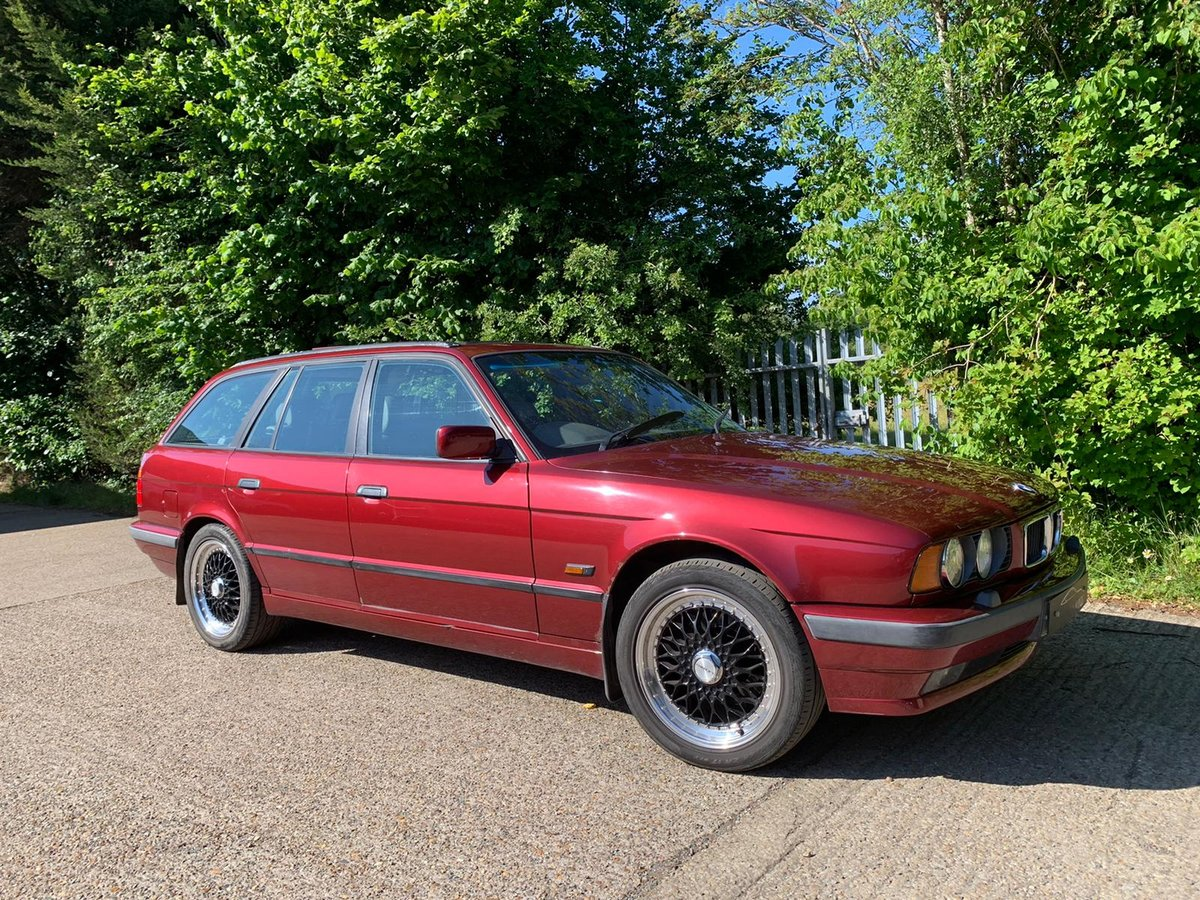 1995 Classic BMW 530 V8 Touring / 2 Former Owners For Sale (picture 3 of 6)