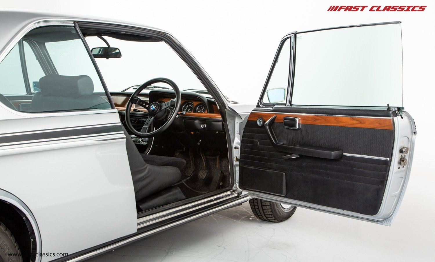 1972 BMW 3.0 CSL // BMW DEALER COLLECTION CAR // BMW RESTORED / For Sale (picture 11 of 23)