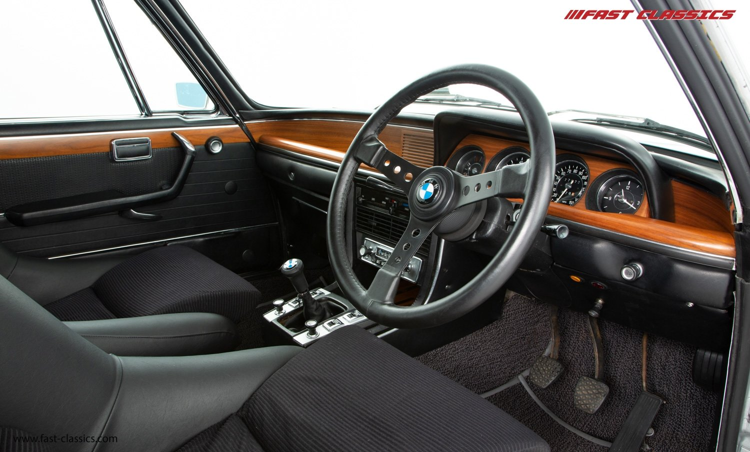 1972 BMW 3.0 CSL // BMW DEALER COLLECTION CAR // BMW RESTORED / For Sale (picture 12 of 23)