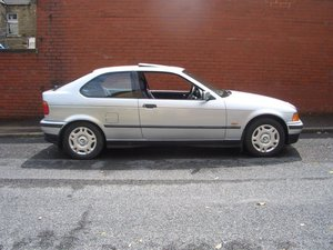 BMW 316i Compact - One Lady Owner