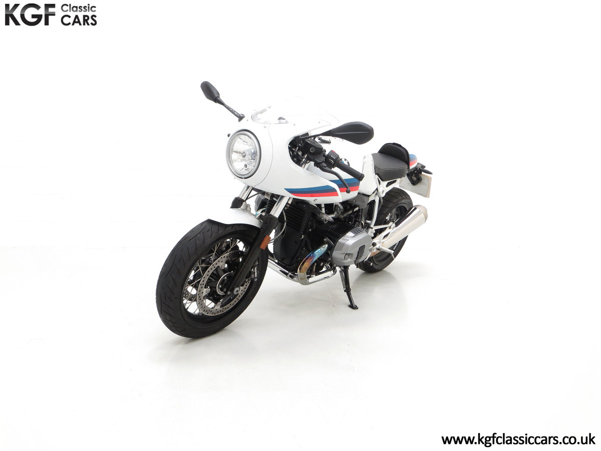 2017 A Race-Bred Retro BMW R nineT Racer Sport with 2,323 Miles SOLD (picture 6 of 24)