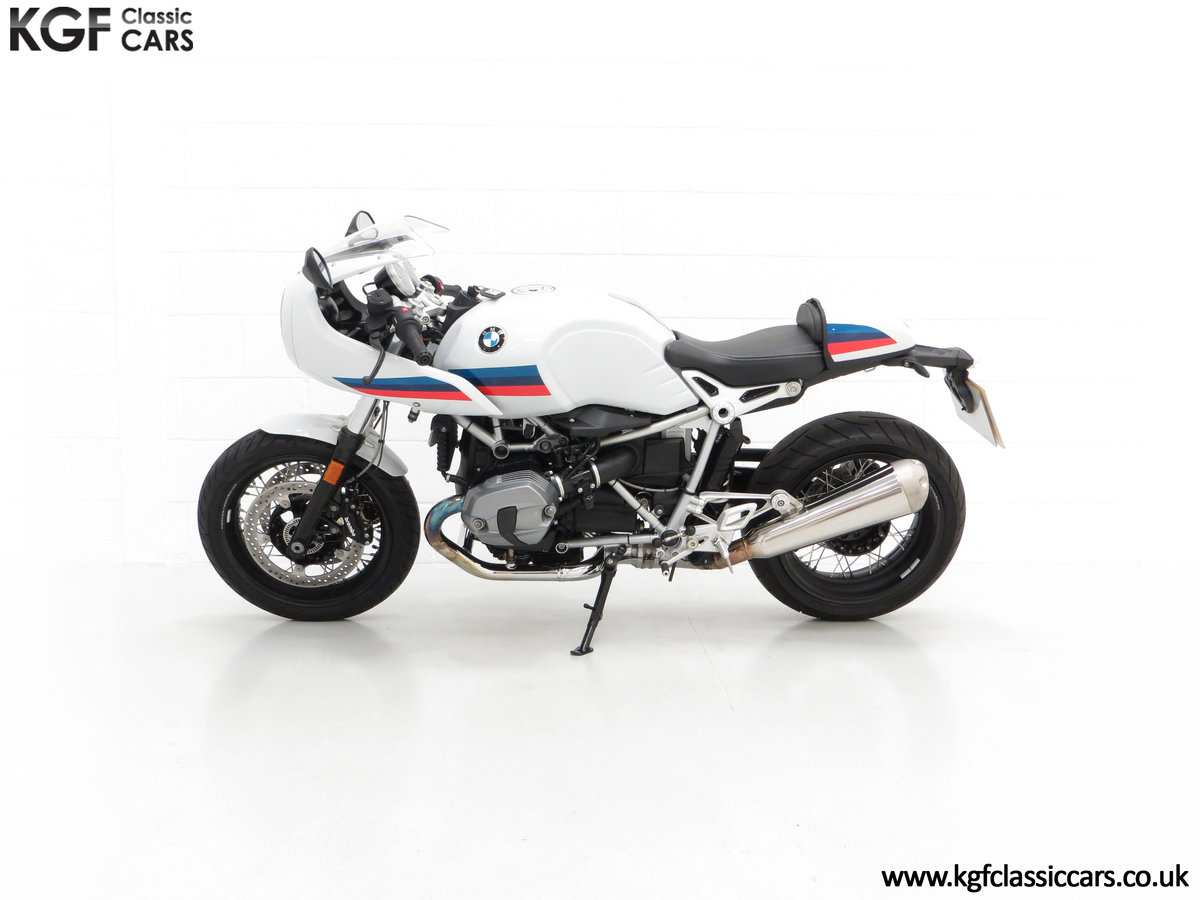2017 A Race-Bred Retro BMW R nineT Racer Sport with 2,323 Miles SOLD (picture 7 of 24)