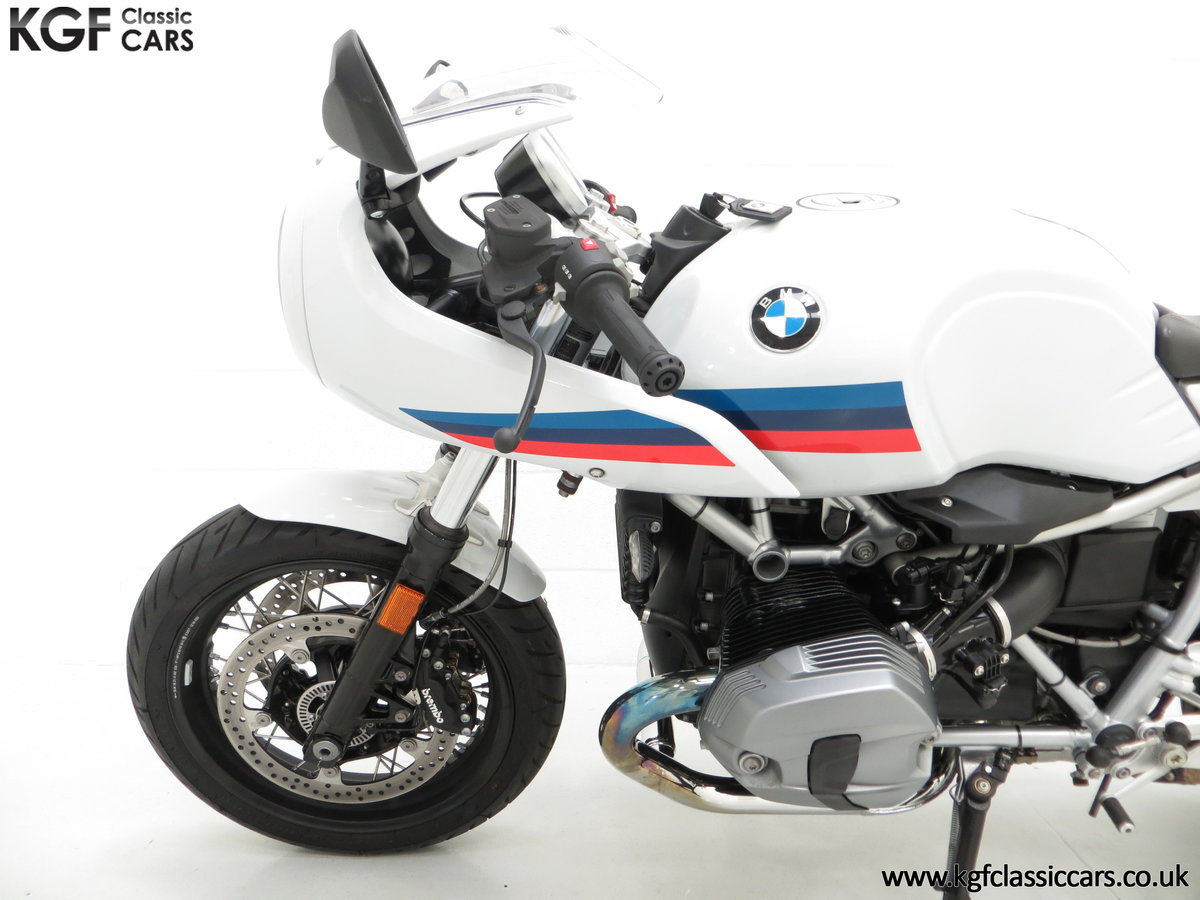 2017 A Race-Bred Retro BMW R nineT Racer Sport with 2,323 Miles SOLD (picture 15 of 24)