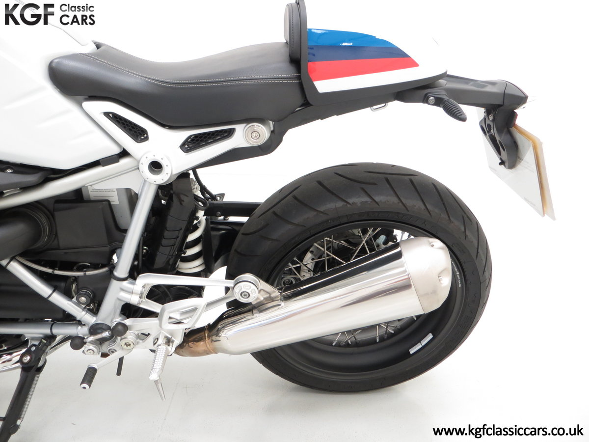 2017 A Race-Bred Retro BMW R nineT Racer Sport with 2,323 Miles For Sale (picture 16 of 24)