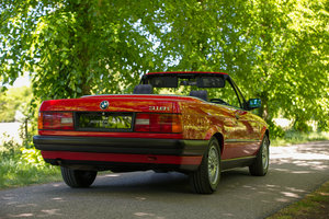 Picture of 1991 BMW E30 318i Convertible - Manual, 61,748 miles and FSH SOLD