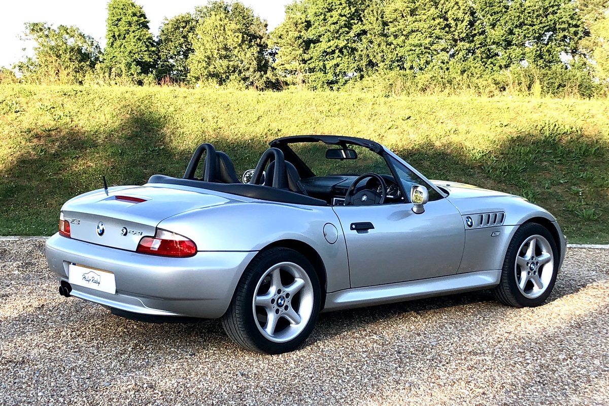 2001 BMW Z3 2.2 Roadster, low mileage, stunning condition SOLD (picture 2 of 6)