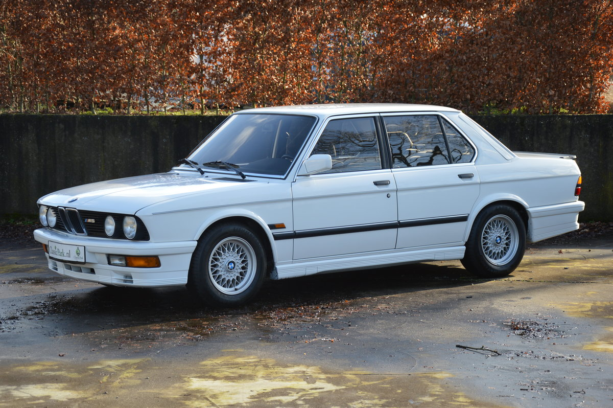 1987 (1096) BMW 535I M5 exterior package For Sale (picture 1 of 6)