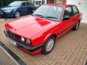 1989 BMW 320 i manual E30 Family owned since 1992
