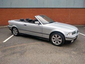 BMW 318i Convertible E36 auto