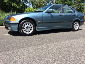 1997 Very rare low mileage automatic * 1 lady owner *