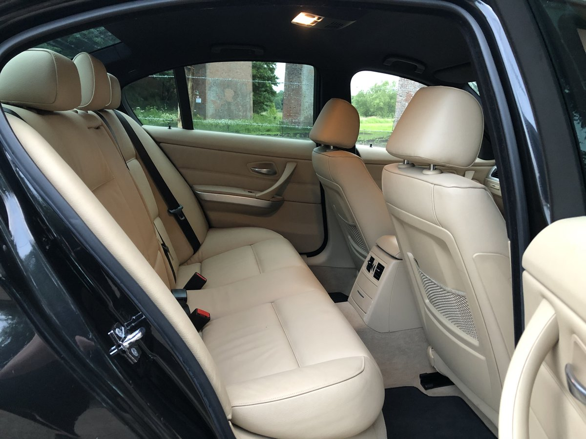 2006 *Now Sold* BMW 330i 'M' Sport Saloon | 62,000 Miles | For Sale (picture 5 of 6)