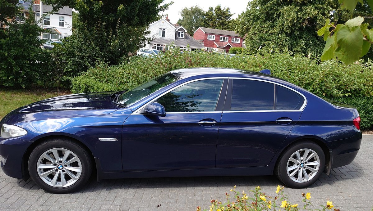 2010 BMW 530d SE + Electric pack - Deep Sea Blue For Sale (picture 3 of 6)