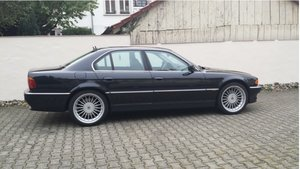 Picture of 1999 BMW 740i