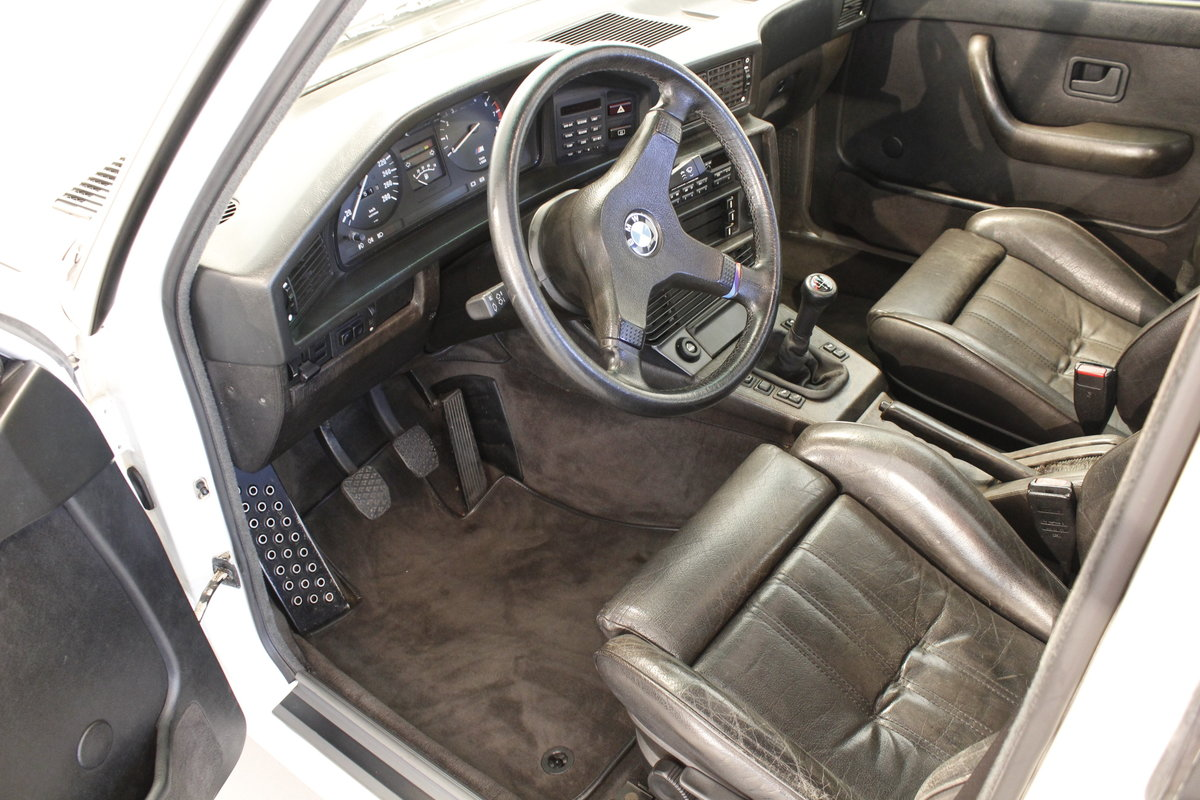 1986 BMW M5 E28 For Sale (picture 4 of 6)