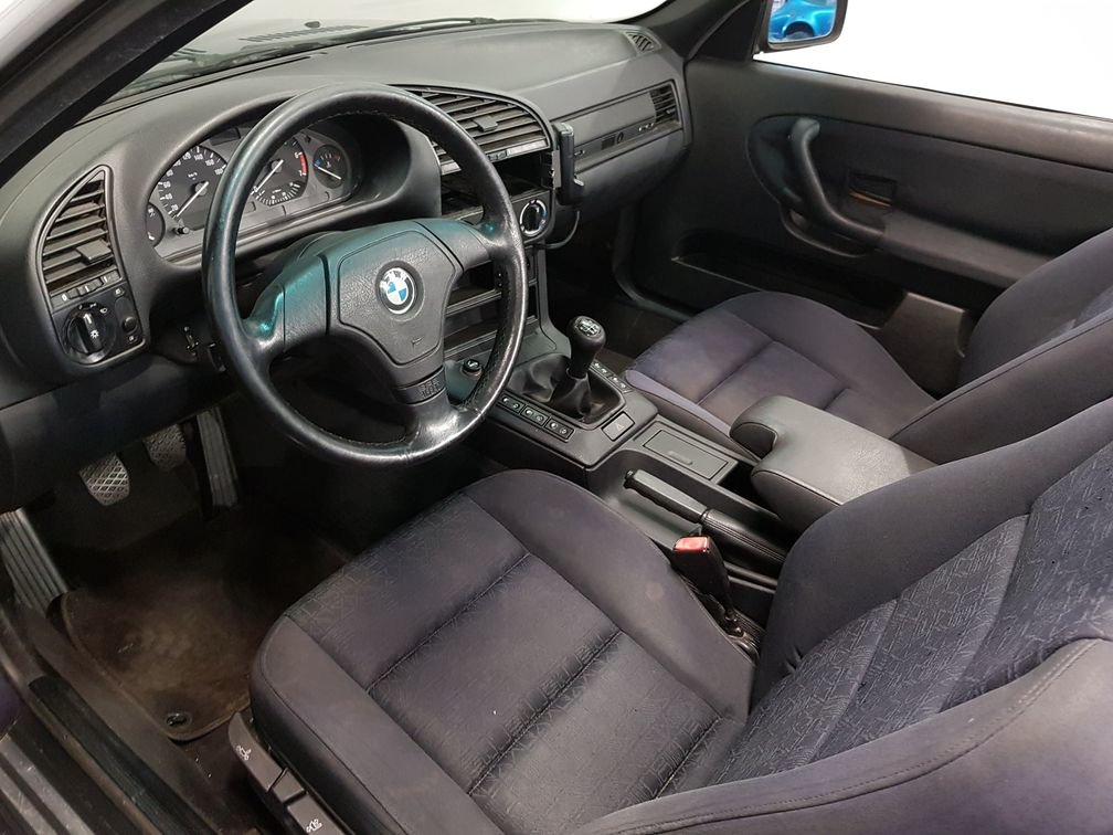 BMW 318i E36 Cabriolet 1995 madeira violet metallic paint For Sale (picture 4 of 6)