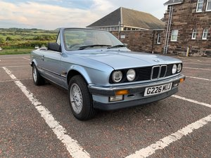 Picture of 1989 BMW E30 320i Convertible