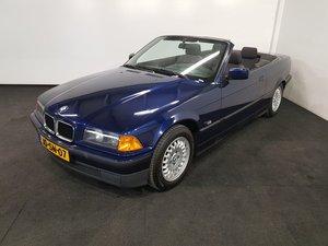 BMW 318I Convertible 1994 Mauritius blue