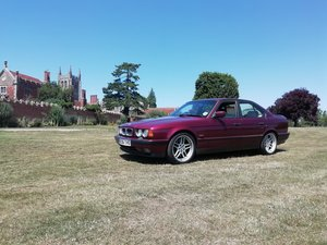 UK RHD E34 M5 Saloon 3.8 LE Rosso Red
