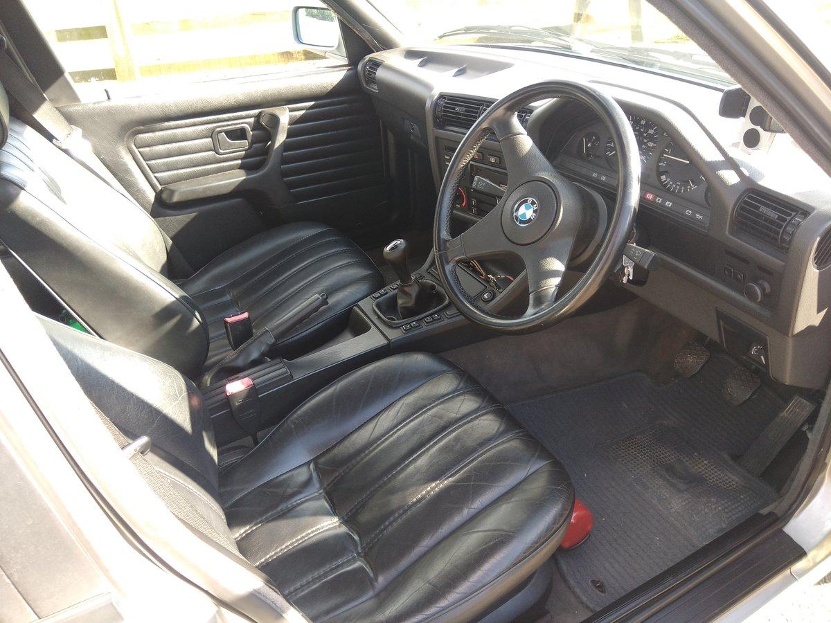 1990 BMW E30 325i SE For Sale (picture 3 of 6)