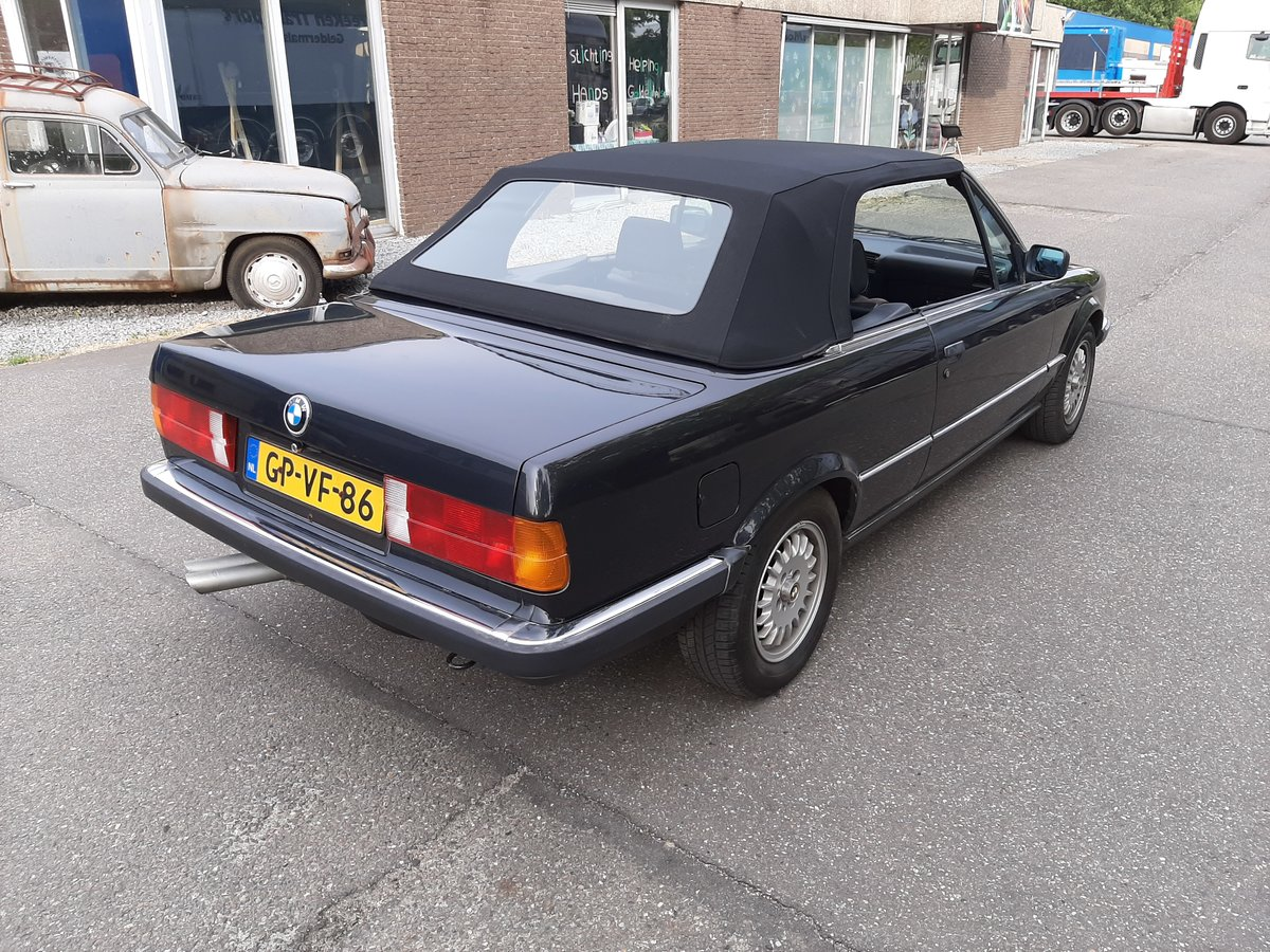 BMW 325i convertible E30 black 172000 km (1986) For Sale (picture 6 of 6)