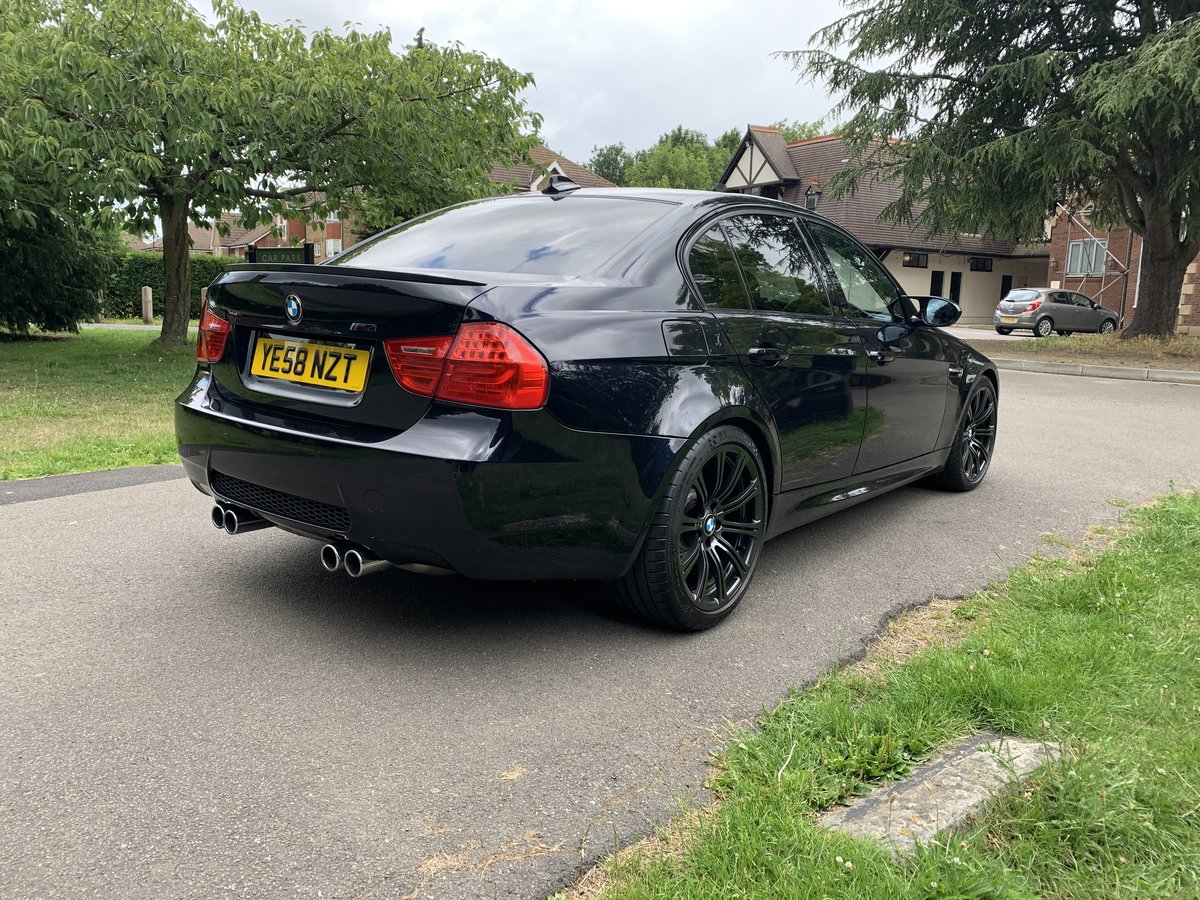 2009 BMW E90 M3 saloon manual For Sale (picture 3 of 6)