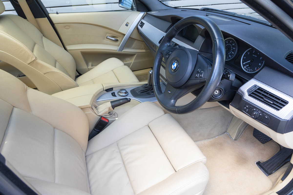 2005 BMW (E61) 545i SPORT TOURING ONLY 23k For Sale (picture 5 of 6)