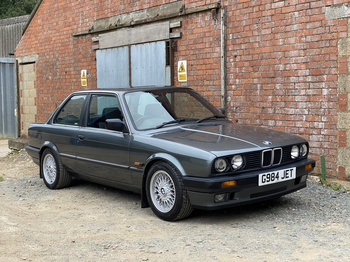 1989 BMW 320 SE. Only 66,000 Miles from New For Sale (picture 1 of 6)