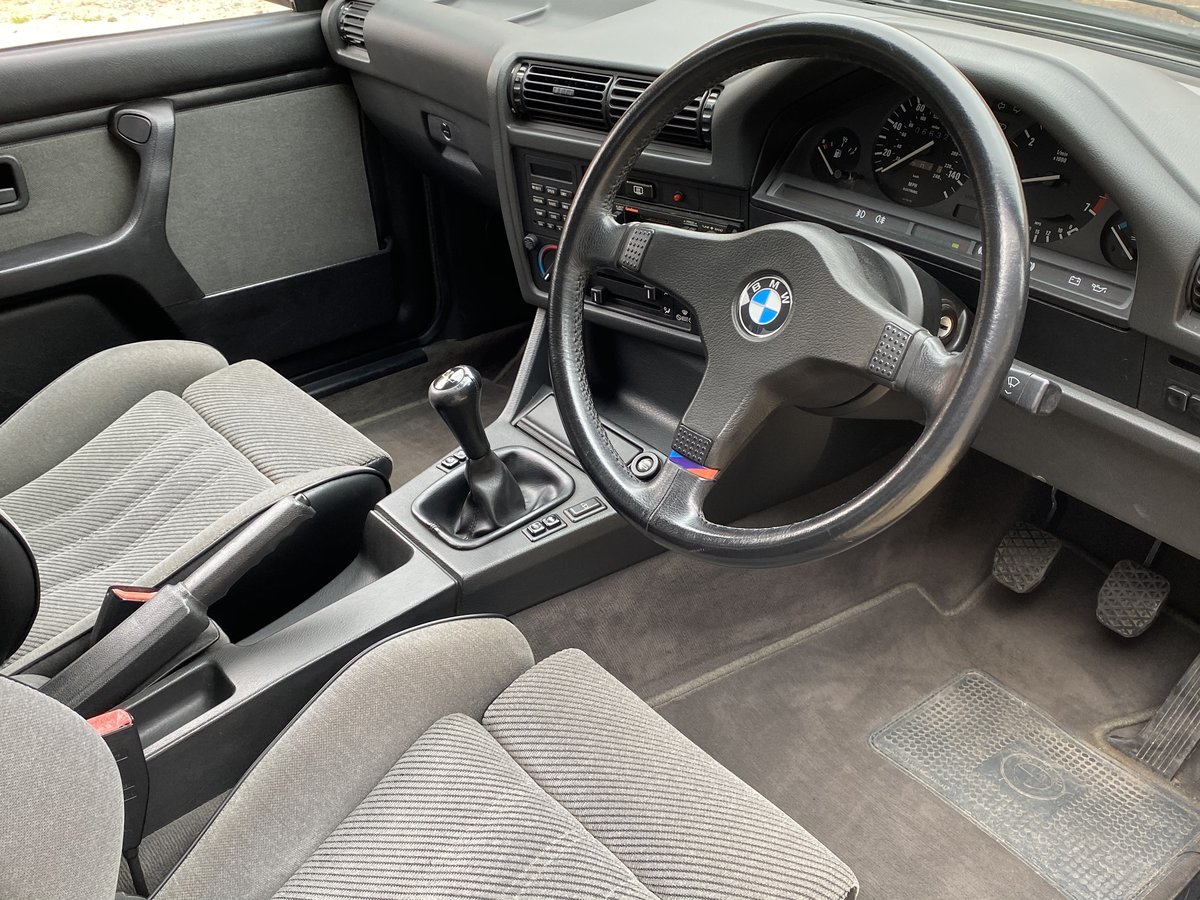1989 BMW 320 SE. Only 66,000 Miles from New For Sale (picture 4 of 6)