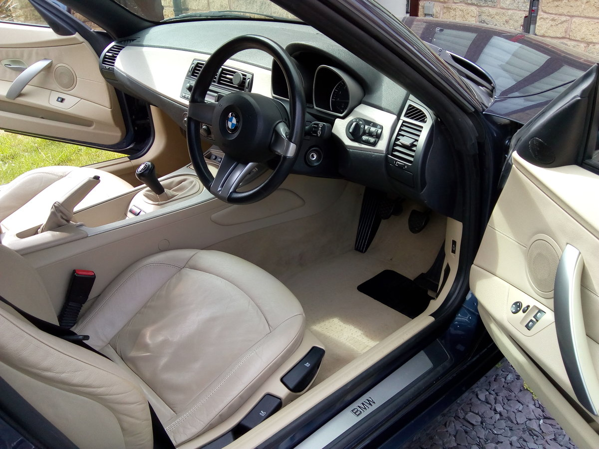 2005 BMW Z4 SE Roadster For Sale (picture 6 of 6)