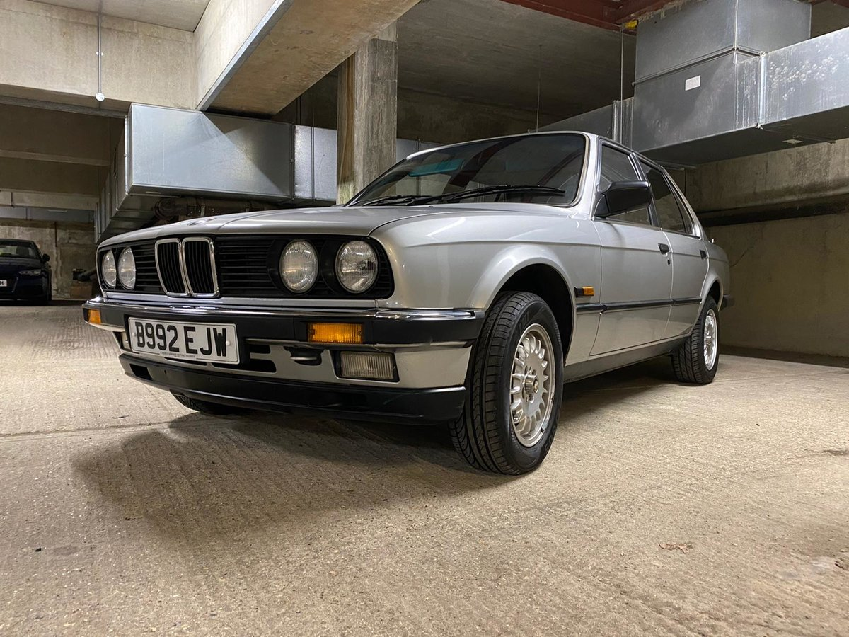 1985 BMW 320i E30 Saloon For Sale (picture 3 of 5)
