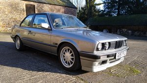 1989 BMW E30 325i Manual Coupe Fast Road Spec 320 shell