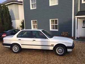 1989 BMW E30 320i SE