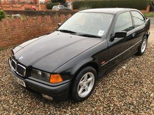1998 19200 mile BMW E36 316i Compact