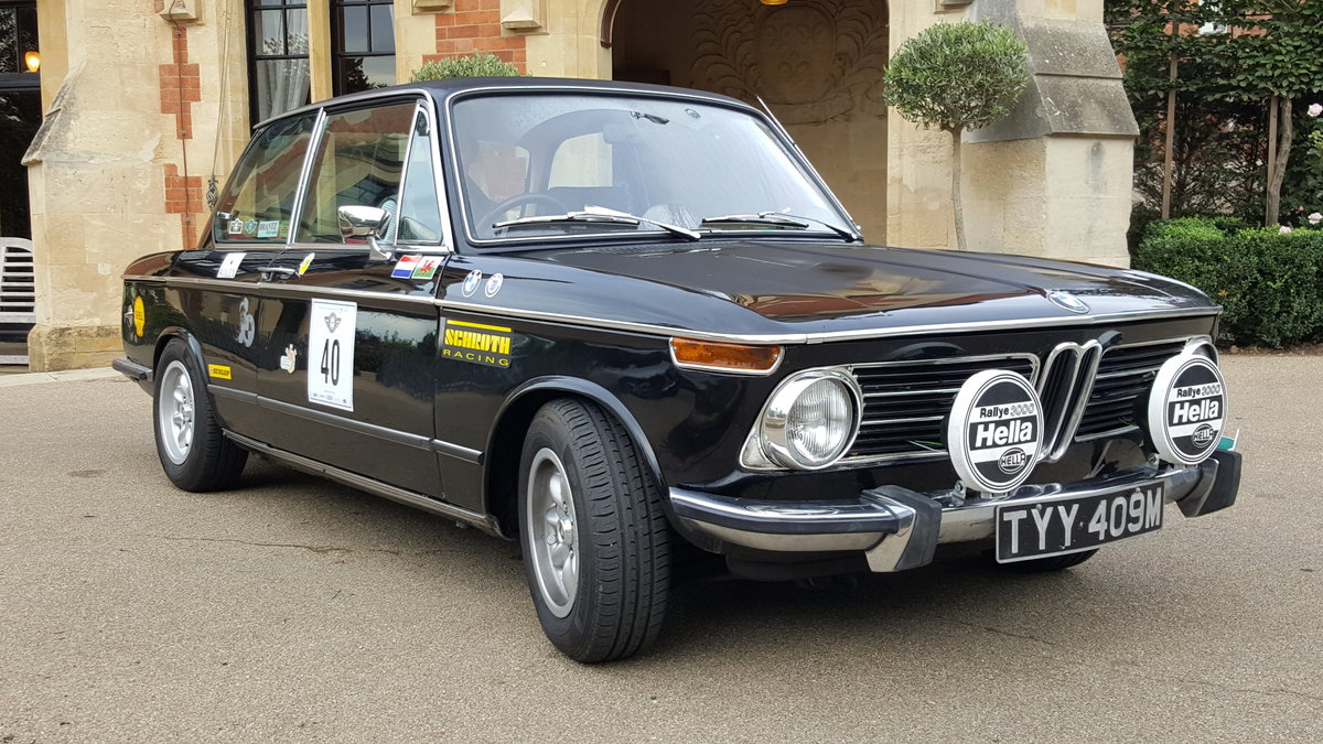 1973 BMW 2002tii - RHD Black SOLD (picture 4 of 6)