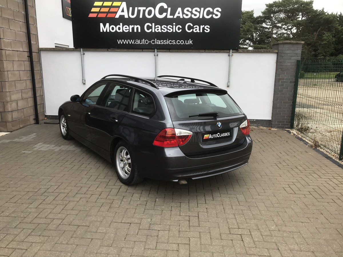 2006 BMW 320d ES Touring, 2 Owners, Full Service History  SOLD (picture 2 of 6)