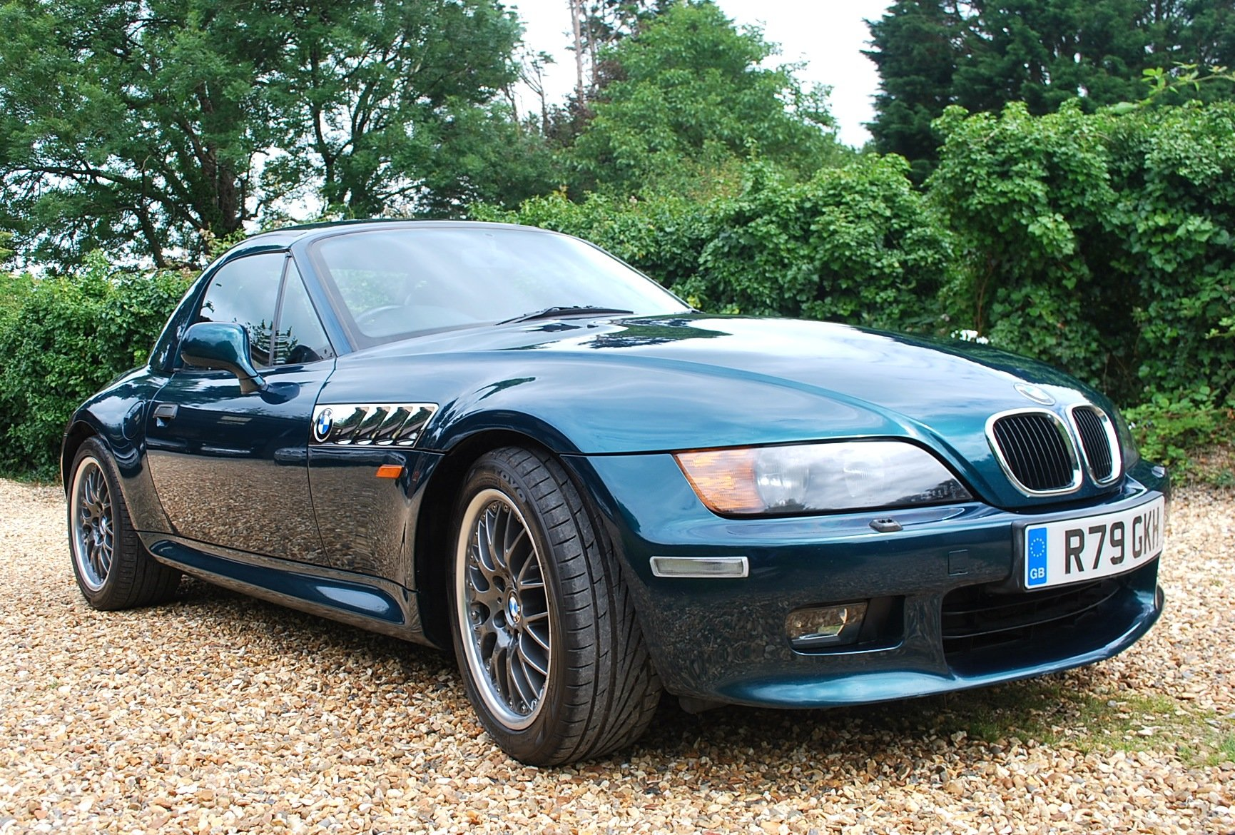 1997 BMW Z3 2.8 hard top ** £7k factory options ** Immaculate ! SOLD (picture 4 of 6)
