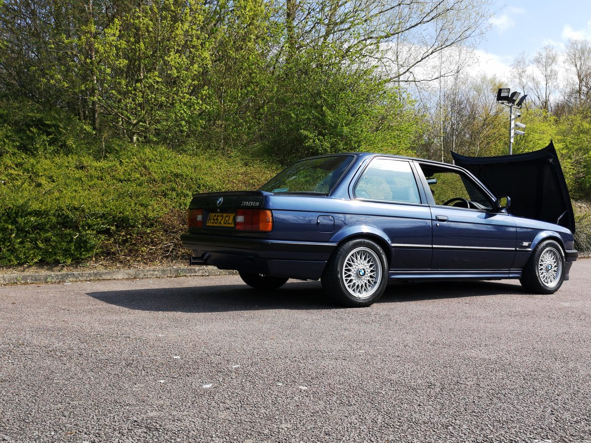 1991 E30 318is m42 laser blue SOLD (picture 4 of 4)