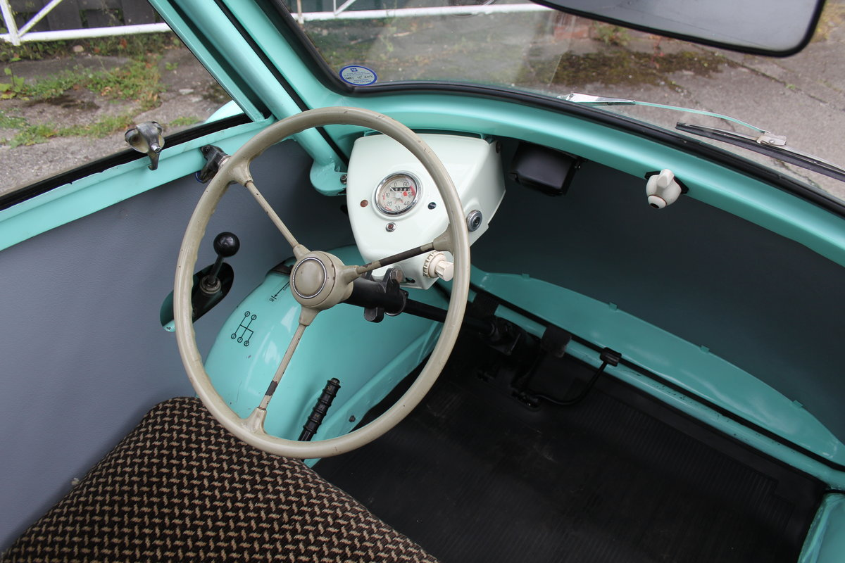 1960 BMW Isetta - UK supplied, matching numbers - fully restored For Sale (picture 8 of 9)