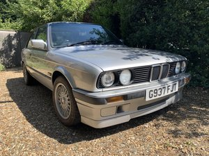 1990 BMW E30 318is with FSH