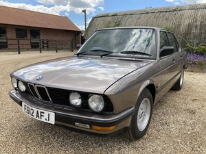 1988 RARE 525 LUX STUNNING LOOKING BMW BARONS CLASSIC AUCTIONS