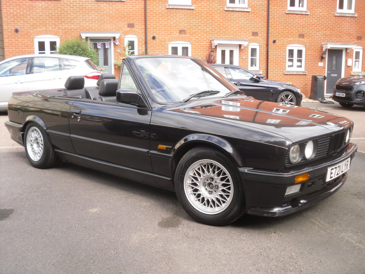 1988 Bmw 325i auto cabriolet shadowline  For Sale (picture 1 of 6)