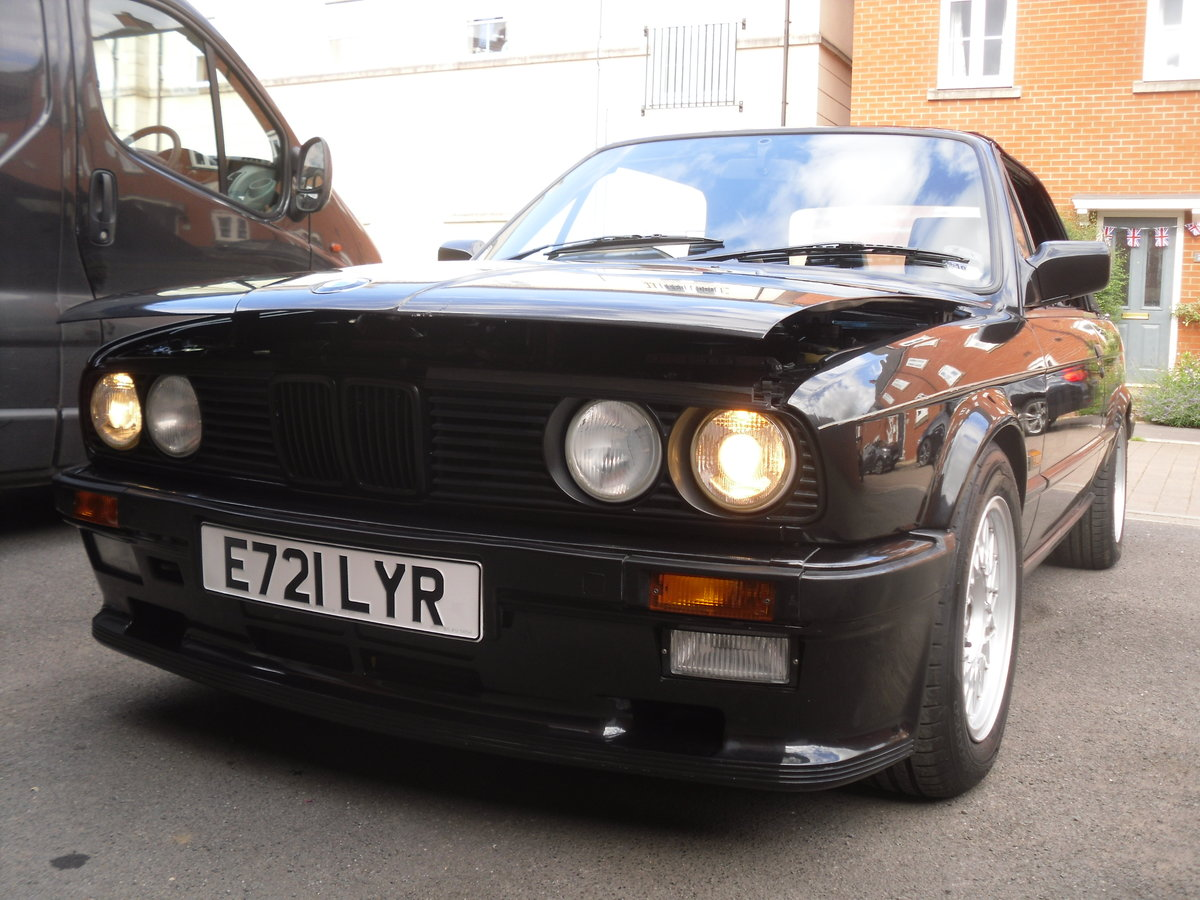 1988 Bmw 325i auto cabriolet shadowline  For Sale (picture 3 of 6)