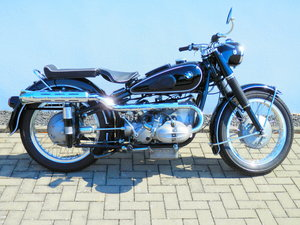 1954 BMW R68 with 2-1 Keckeisen Exhaust