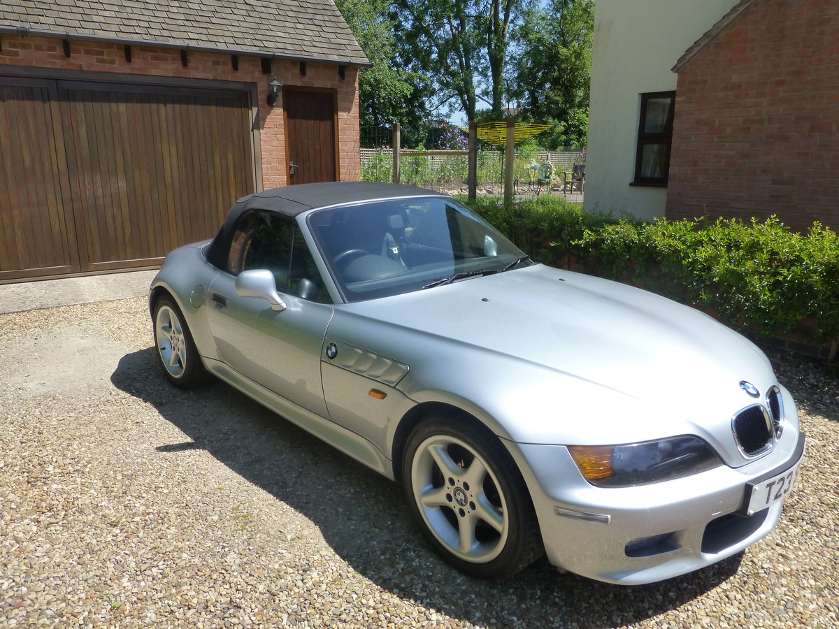 1999 BMW Z3 convertible 2.8 wide body SOLD (picture 1 of 4)